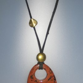Pendant with mahogany obsidian, 60x45,5 mm, antelina negra, Adjustable metal golden buttons