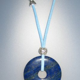 Lapis Pendant, 45 mm diameter, antelina blava, Adjustable metal silver buttons