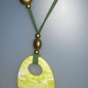 Pendant bowenita, 60x45 mm, green antellina, Adjustable metal golden buttons