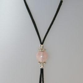 Collar de quars rosa, 15 mm diàmetre, antelina negra, fornitures ajustables de metall platejades