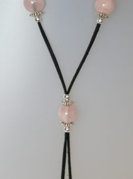 Rose Quartz Necklace, 15 mm diameter, antelina negra, Adjustable metal silver buttons