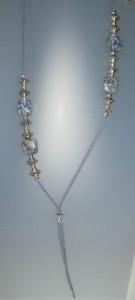 Collar de sodalita, antelina blava, fornitures ajustables de metall platejades