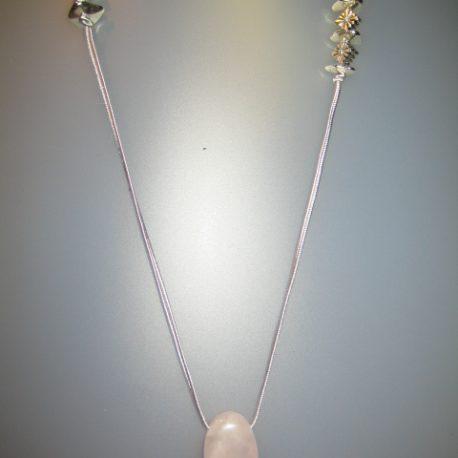 Penoll de quars rosa, 22x15 mm, soutage gris i fornitures platejades Col·lecció Detalls