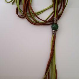 366-917 Collar de jade y antelinas de colores